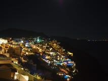 Santorini τή νύχτα Στοκ Φωτογραφίες