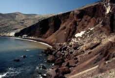 santorini красного цвета острова пляжа Стоковое Изображение RF