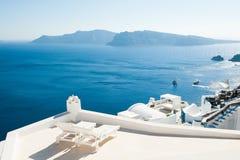 santorini острова холма Греции зданий стоковое изображение
