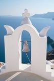 Santorini的教会 免版税库存照片