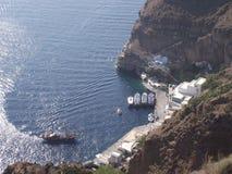 Santorini - bästa sikt av en port Royaltyfri Foto