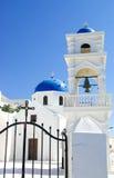 Santorini błękita kopuła obraz royalty free