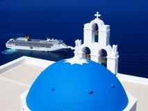 Santorini Blau-Kirche Stockfotografie