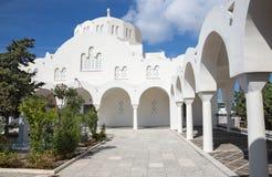 Santorini - catedral metropolitana ortodoxa en Fira Fotos de archivo libres de regalías
