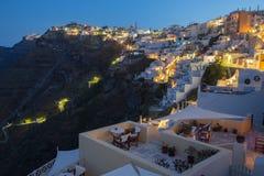 Santorini - das Fira bei der Morgendämmerung und beim Firostefani Lizenzfreies Stockfoto