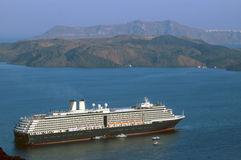 Santorini del barco de cruceros Imágenes de archivo libres de regalías