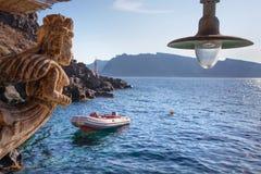 Santorini - der Kiel im Hafen von Oia Lizenzfreies Stockbild