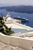 santorini för ö för byggnadsgreece kull Royaltyfria Bilder