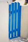 santorini för port för blue trädgårds- målad greece Arkivfoton