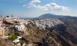 Santorini - Fira bij ochtendschemer van Firostefani Royalty-vrije Stock Foto
