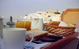 Santorini-Frühstücksszene Lizenzfreie Stockfotos
