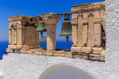 Santorini-Glocken Lizenzfreie Stockfotos