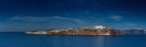 Santorini, Grecia, visión desde un barco de la travesía Fotografía de archivo