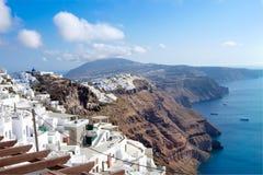 Santorini Grekland, lägenheter med magestic sikt över caldera royaltyfria bilder