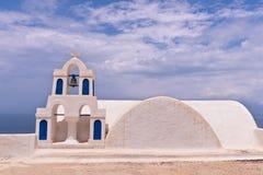 Santorini Grekland Oia kyrkliga Klockor himmel Arkivfoto