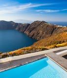 Santorini klippor Royaltyfri Bild