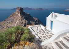 Santorini - The look to typically little church Agios Ioannis Katiforis in Imerovigli and the Skaros Royalty Free Stock Photography