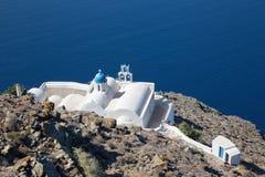 Santorini - look to typically little church Theoskepasti in Imerovigli under the Skaros. Stock Photos