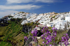 Santorini mit Fira Stadt in Griechenland Lizenzfreies Stockbild