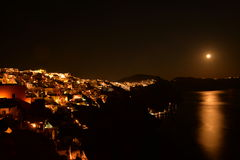 Santorini na noite Imagens de Stock