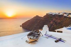 Santorini solnedgång - Grekland Royaltyfria Foton