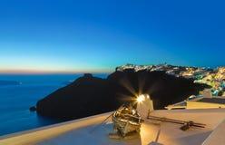 Santorini solnedgång - Grekland royaltyfria bilder