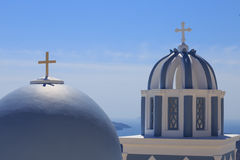 Santorinieiland in Griekenland - Koepel van klassieke kerk Royalty-vrije Stock Foto