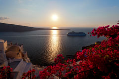 Santorinieiland van de zonsondergang Stock Afbeeldingen