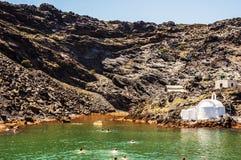 Santorinis heiße Quellen Stockfotos