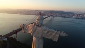 Santuário do monumento da opinião de Aeria de Cristo o rei em Lisboa video estoque