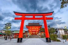 Santuário Kyoto de Fushimi Inari imagem de stock royalty free