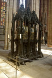 Santuario bronzeo della st Sebald (possedere san di Norimberga) alla st Sebalduskirche a Norimberga immagini stock