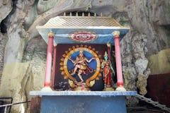 Santuario con la statua di Dio indù Shiva Nataraja immagini stock libere da diritti