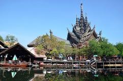 Santuario de la verdad situado en Pattaya Tailandia Foto de archivo libre de regalías
