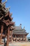 Santuario de la verdad situado en Pattaya Tailandia Fotos de archivo