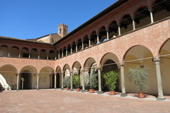 Santuario del santo Catherine en Siena, Italia imagen de archivo