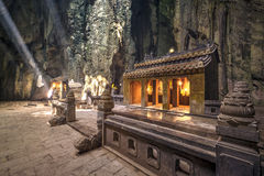 Santuario di marmo della caverna della conduttura delle montagne Fotografia Stock Libera da Diritti