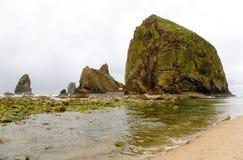 Santuario di uccello della roccia del mucchio di fieno Fotografia Stock