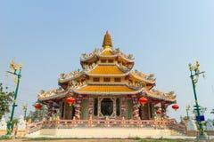 Santuario para Guan Yin bajo luz del sol Imagen de archivo