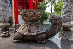 Sanya Nanshan Buddhist Tantric kiosk som ägas av Ito Yokado som handwashing Royaltyfria Foton