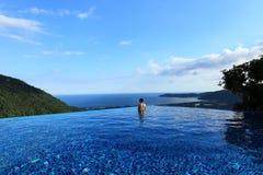 Sanya raju lasu parka tropikalnego powietrza pływacki basen obrazy stock