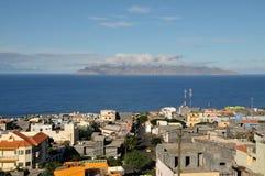 Sao Filipe - eine Stadt durch den Ozean Stockbilder