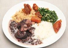 Sao Paulo Brazil för svarta bönor för mål för Feijoada traditionell brasiliansk matrecept royaltyfri bild