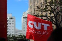 Sao Paulo/Sao Paulo/Brazili? - kan 15 2019 populaire politieke manifestatie tegen gebrek aan begroting bij onderwijs het be?nvloe stock foto's