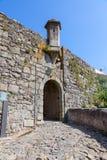 Sao Pedro grodzka brama w średniowiecznych Castelo De Vide fortyfikacjach Fotografia Stock