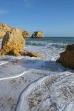Sao Rafael Beach dans Albufeira portugal Image stock