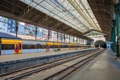 Sao Railway Bento do estação de caminhos-de-ferro, Porto, Portugal imagens de stock