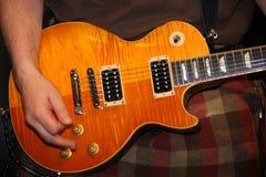Saor巡逻复合体的吉他演奏员 免版税库存照片