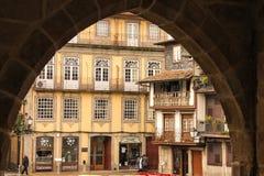 SaoTiago fyrkant Guimaraes portugal royaltyfria foton