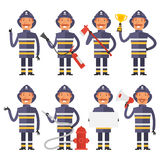 Sapador-bombeiro em poses diferentes ilustração royalty free